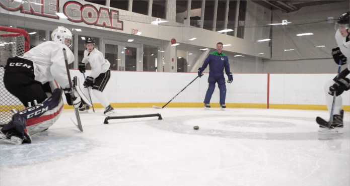 glenn Carnegie, vancouver Canucks, nul, puck protection, pro skills and drills, nhl